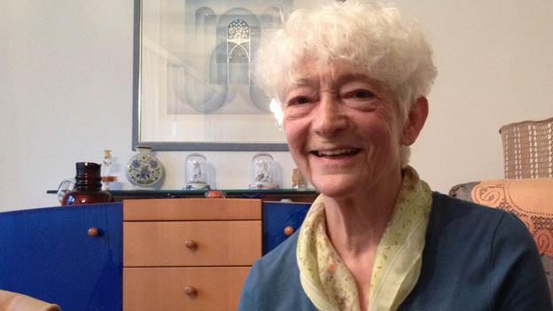 Irmgard Strasser in ihrer Wohnung in Ermatingen.