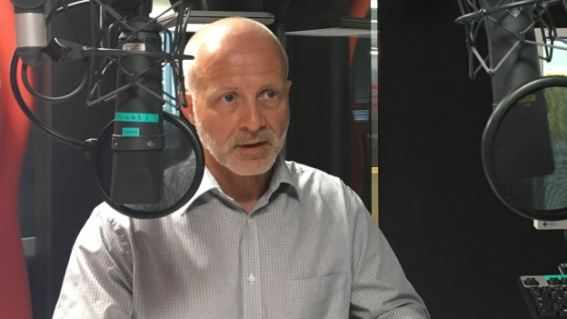 Reinhard Brunner im Regionaljournal-Studio.