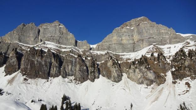 Zwei Schneeschuhläufer sind am Westhang des Hinterugg in den Tod gestürzt.