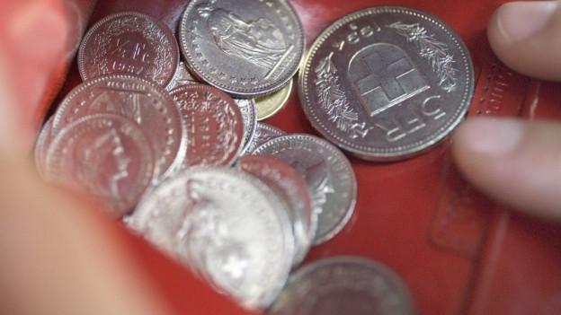 Halbleeres Portemonnaie