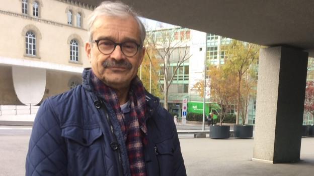 Kantonstierarzt Rolf Hanimann geht in Pension.