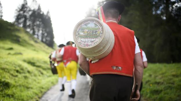 Von Alp zu Alp.