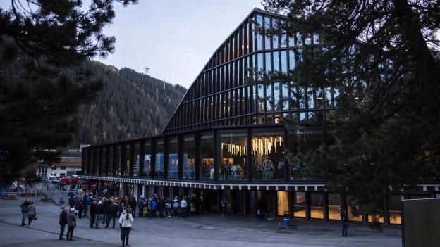 Der neue Geldgeber des Hockeyclub Davos mit umstrittenen Äusserungen