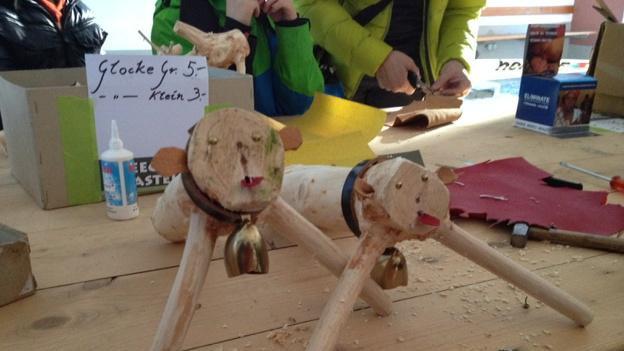 Immer im Januar findet in Appenzell das «Beechue»-Schnitzen statt.