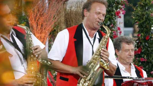Carlo Brunner in Aktion: hier in der Sendung «Hopp de Bäse» in Weggis.
