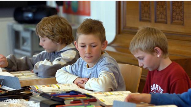 Fremdsprachenunterricht an Obwaldner Primarschulen bleibt.