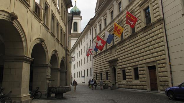 Das Luzerner Regierungsgebäude: hier spart das Parlament.