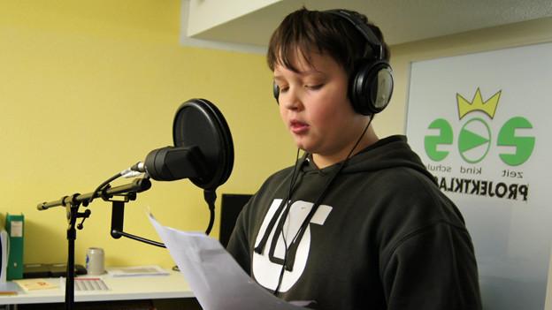 Radio machen für einen guten Zweck: Schüler der Zeit-Kind-Schule Luzern.