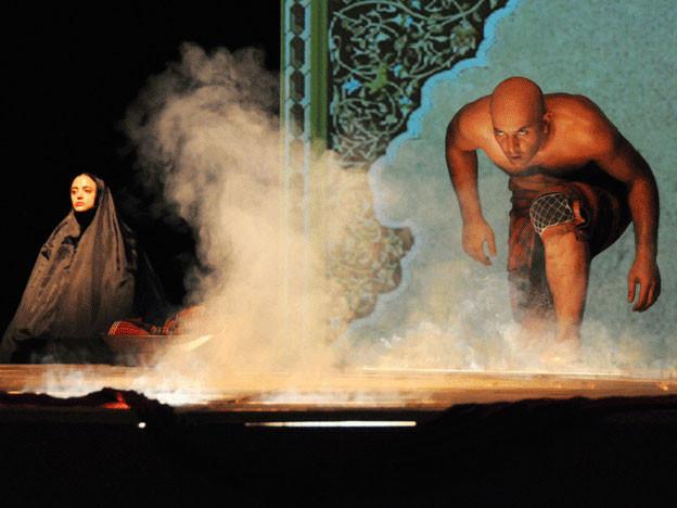 Ungewohnter Akzent: Eine iranische Theatergruppe brachte den Tell-Mythos auf die Bühne.