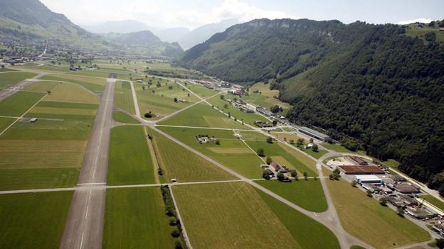Die Streitereien um den Flugplatz Buochs bleiben bestehen.