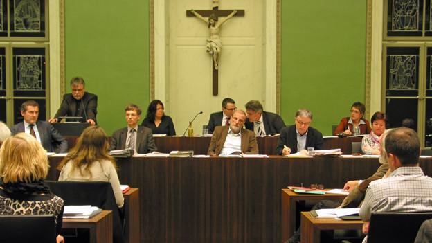 Der Zuger Stadtrat debattierte eine Stunde über die PUK.