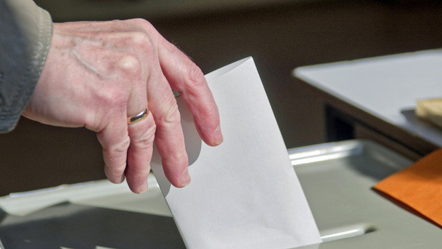 Der Kanton Zug sagt «Ja, aber» zu neuem Wahlgesetz