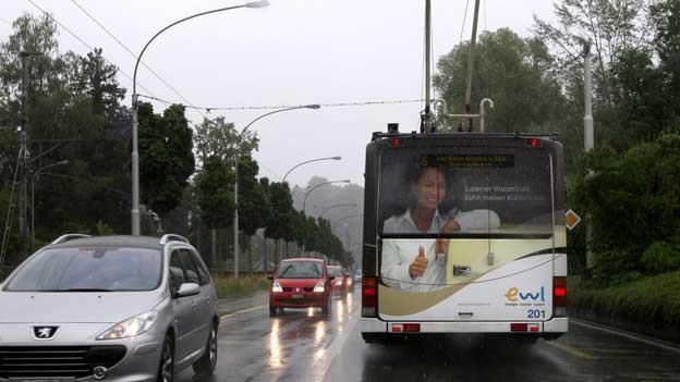Busse bleiben während den Stosszeiten in Luzern regelmässig stecken