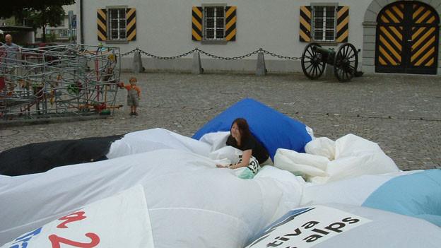 Die Alpeninitiative sammelt Unterschriften gegen die 2. Röhre am Gotthard