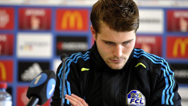Der Frust ist ihm anzusehen: FCL-Captain Claudio Lustenberger.