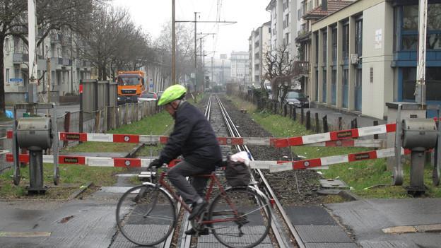 Keine Züge mehr, dafür vielleicht bald Velos: Altes Zentralbahn-Trassee in Luzern.