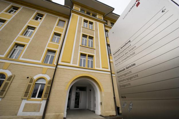Der Schwyzer Justizstreit kann weiter untersucht werden
