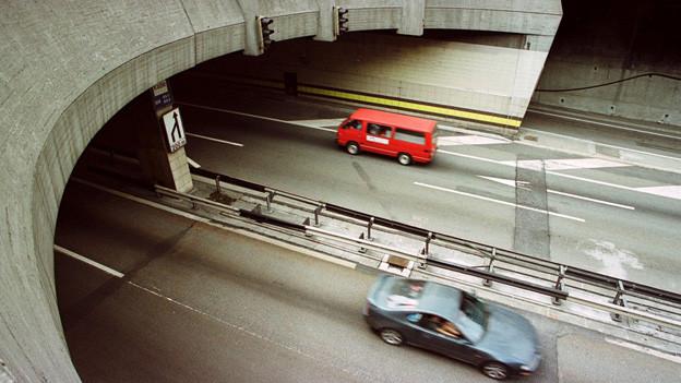 Die Sanierung des Gotthard-Strassentunnels gibt zu diskutieren.