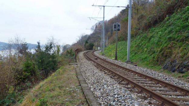 Das SBB-Gleis am Zugersee soll ausgebaut werden.