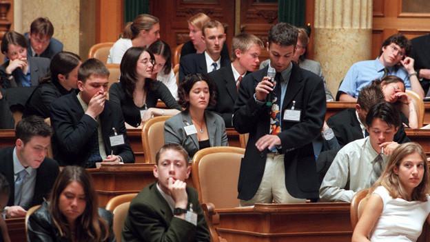 Mit einem Parlament sollen Jugendliche für die Politik begeistert werden