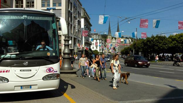 Eine Metro soll den Schwanenplatz vom Verkehr entlasten