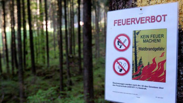 Ein Feuerverbot, wie hier in St.Gallen, steht in der Zentralschweiz nicht mehr zur Diskussion.