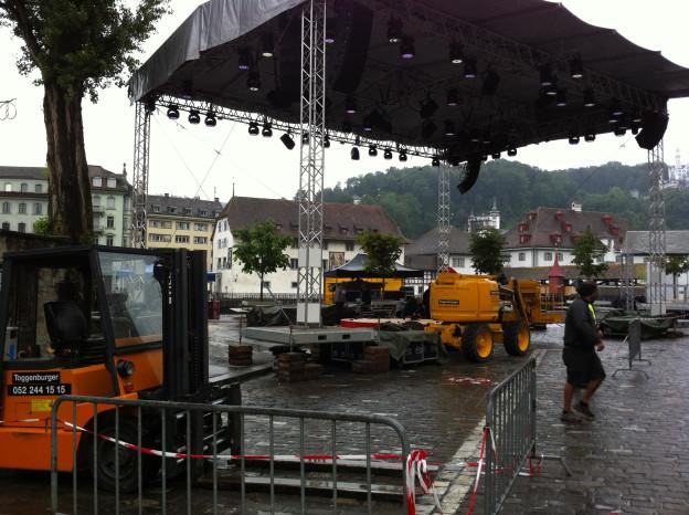 Auf dem Luzerner Mühleplatz werden am Sonntag die besten Schweizer Fussballer geehrt.