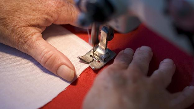 Mehrere Dutzend Textilheimarbeiterinnen verlieren ihre Stelle