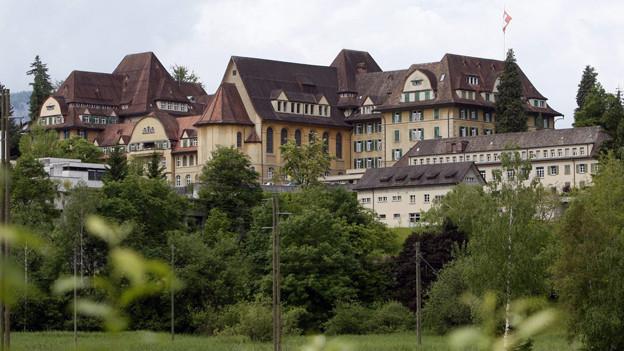 Beim Theresianum Ingenbohl sollen die jährlichen Beiträge um über eine Million Franken gekürzt werden
