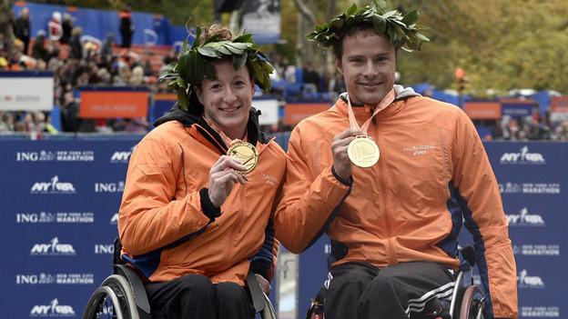 Manuela Schär aus Kriens und Marcel Hug aus Neuenkirch nach dem gelungenen New York Marathon.