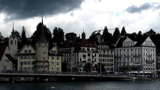 Die finanziellen Aussichten der Stadt Luzern sind weiterhin düster