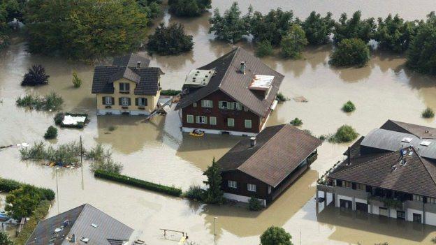 Hochwasser - wie im Jahr 2005 - sollen in Obwalden verhindert werden.