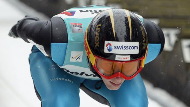Der Einsiedler Skispringer Pascal Kälin in Aktion.