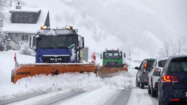 Die Alpenregion wurde kräftig eingeschneit.