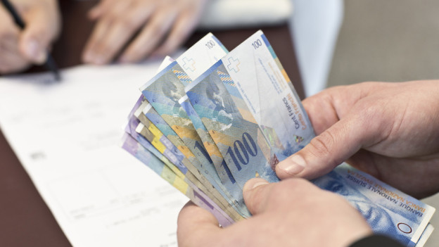 Die Zuger Bevölkerung will nicht mehr Geld für die Stadtpolitiker ausgeben.