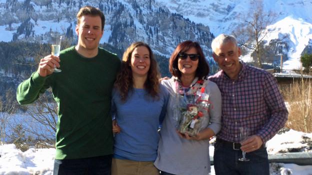 Familie Gisin feiert Olympia-Gold.