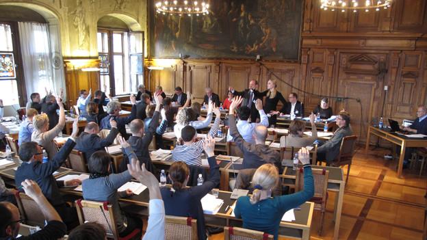Das Luzerner Stadtparlament bei einer Abstimmung