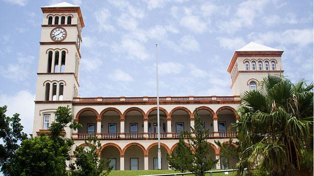 Das Gericht auf den Bermudas.