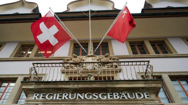 Die Schwyzer Regierung schlägt Majorz und Pukelsheim vor.