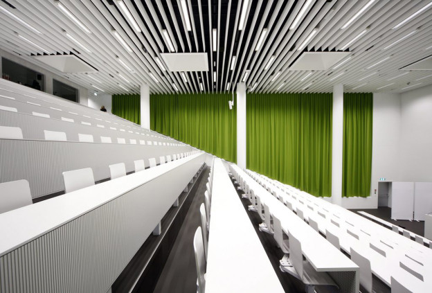 Hörsaal der Uni Luzern
