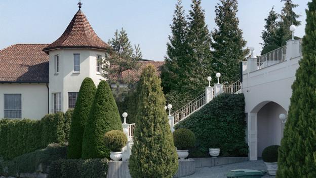 Reiche im Tiefsteuerkanton Schwyz sollen auch weiterhin geschont werden