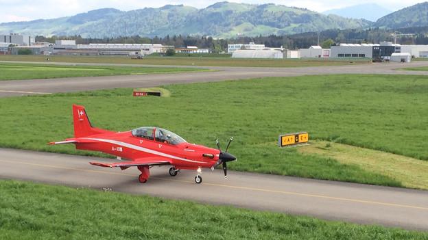 Das Testflugzeug PC 21 kurz vor dem Start.