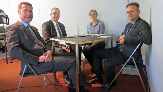 Drei Männer bewerben sich um zwei Sitze in der Nidwaldner Regierung.
