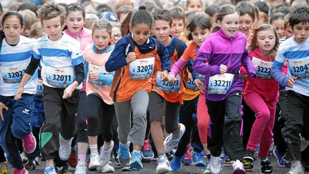 Kinder am Luzerner Stadtlauf.
