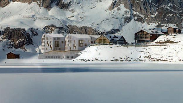 Am geplanten Hotel soll nicht mehr weitergebaut werden (Modellbild links)