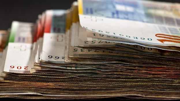 Sparen und Steuererhöhungen sollen 80 Millionen Franken bringen.