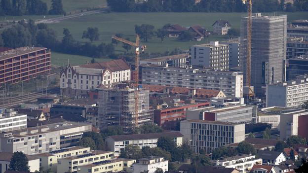 Trotz Wachstum, der Kanton Zug schnürt ein Sparpaket.