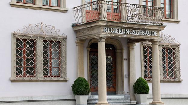 Die Vorschläge der Parlamentskommission: ein weiteres Kapitel im Schwyzer Justizstreit