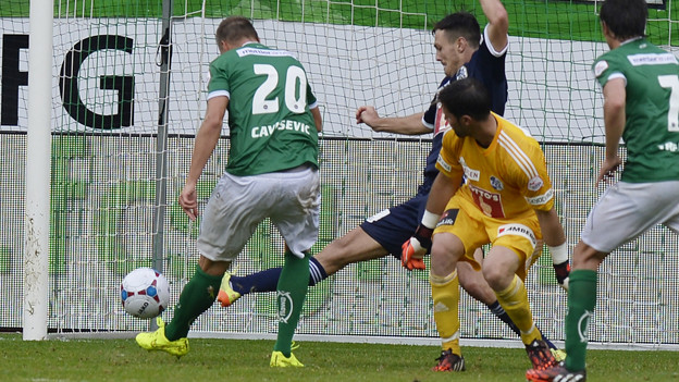St. Gallen schiesst Führungstreffer.
