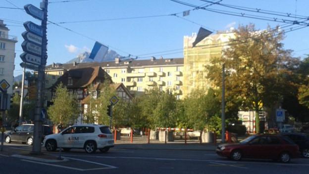 Eine viel befahrene Kreuzung in der Stadt Luzern.